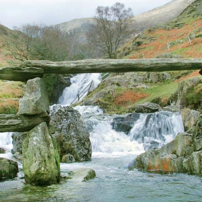 Hafod-y-Llan Stone Bridge on Watkin Path